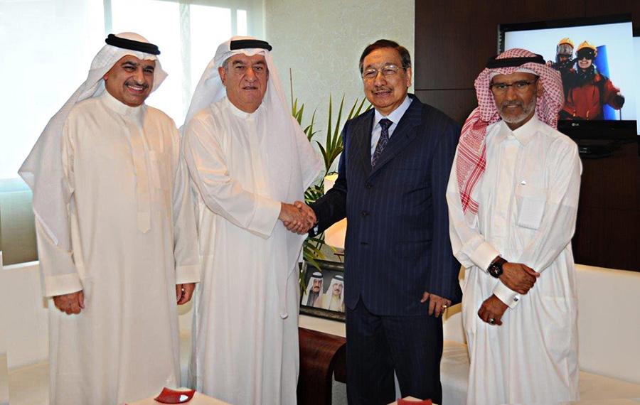 Mr. Isa Mohamed Abdulrahim Alrafaie, BCCI Treasurer; HE Khalid Abdulrahman Khalil Almoayed, BCCI Chairman; Ambassador Amable R. Aguiluz V and HE Ebrahim Khalifa Al Dossary, Assistant Undersecretary for Information & Follow-Up, Kingdom of Bahrain